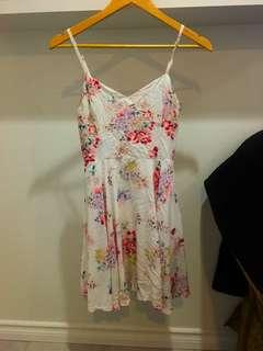 Aritzia dress (size 2)