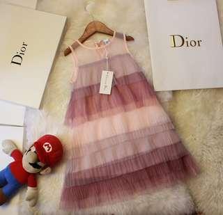 超高品質童裝定制款~~18ss夏季..Diorbaby連衣裙,小清新風格,上身超級美!!