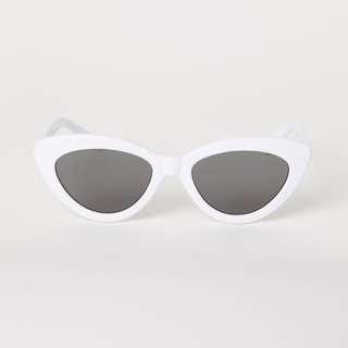 正品 H&M 白色膠框貓眼太陽眼鏡