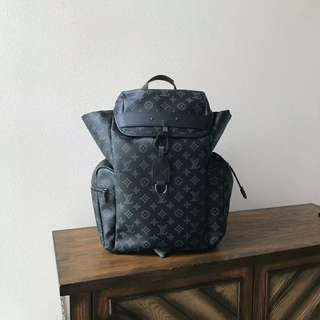 LV Backpack Discovery