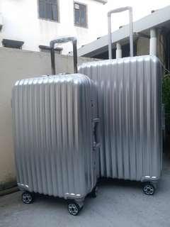 "Luggage行李箱22""/26"""