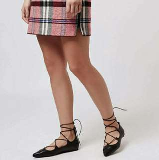 Size 7.5/38 Topshop Lace Up Flats