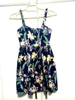 Padded Floral Sweetheart cut dress