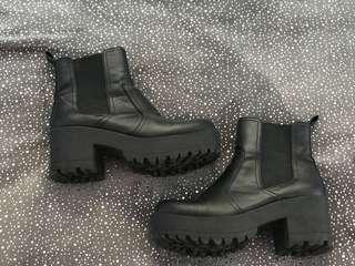 Betts Platform Boots