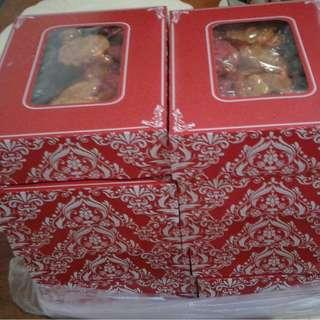 Pili Tart and Cashew Tart