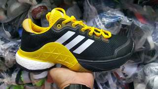 Adidas sz 40/45