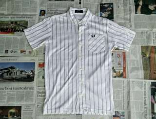 Kemeja FRED PERRY size S 66x47 95%