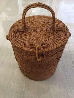 Atta Grass Tiffin Carrier