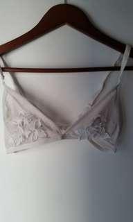 White customized bra