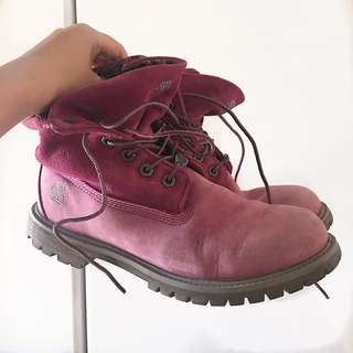 Auth Timberland pink high boots