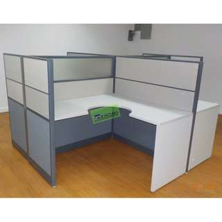 L TYPE WORKSTATIONS WITH PARTITIONS (FABRIC WITH GLASS)