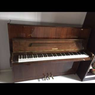 Upright Piano + felt cloth + cleaning kit + new bench + transportation