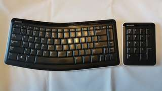 Microsoft Bluetooth Mobile Keyboard 6000 Bundle