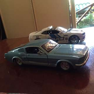 Maisto Diecast Collectible Cars