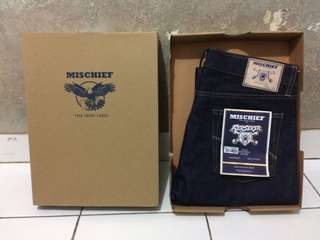 Mischief denim berseker red selvedge 15oz size 33
