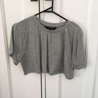 black and grey top crops