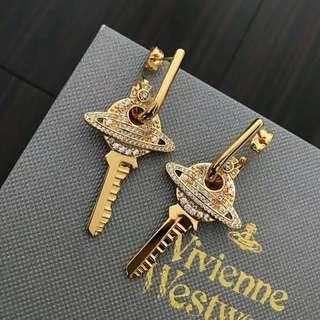 原單 Vivienne wood earrings with packaging