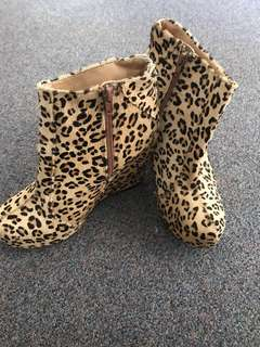 Leopard wedge shoes