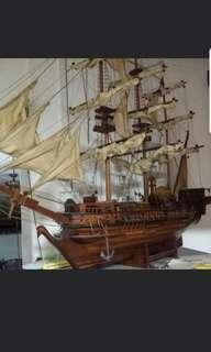 VINTAGE SAIL SHIP (collectible)