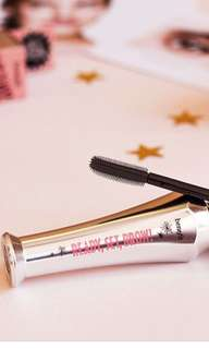 Ready set brow by Benefit- brow liner primer