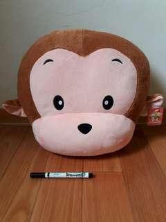 🚚 [全新]台灣製 可愛猴抱枕,靠枕。