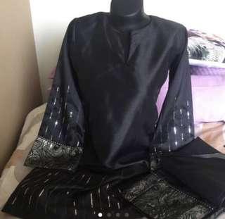 Black Baju Kurung