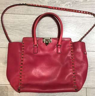 Authentic Valentino Rockstud small leather trapeze bag