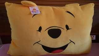 🚚 全新含吊牌| 小熊維尼抱枕枕頭生日禮物