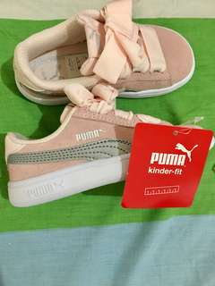 PUMA BABY PINK RUBBER SHOES WITH RIBBON