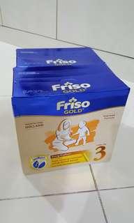 Friso Gold 3 LocNutri 1.2kgx2 value pack