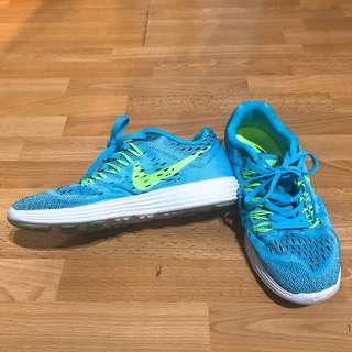 NIKE ★ 清爽夏日配色 輕量透氣 慢跑鞋 球鞋 女 (US#6/UK#3.5/EUR36.5/23cm)