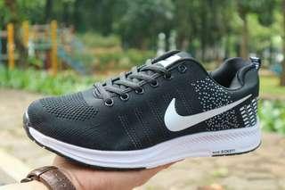 Sepatu Nike Zoom Flyknit Part 1