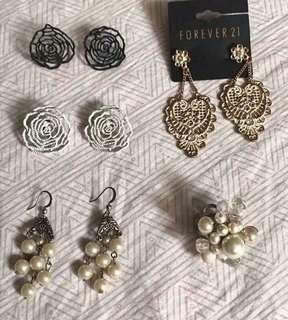 4 earrings & ring