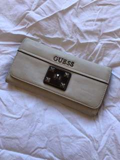 GUESS Wallet (off white) 🐑