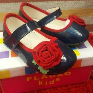 Sepatu anak cw