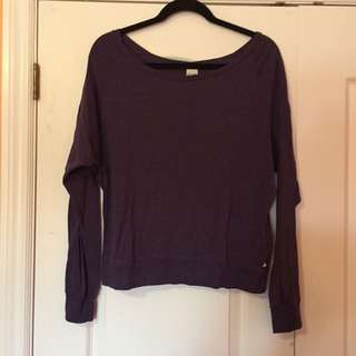 TNA sweater - Size M