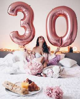 Rose gold Number giant balloon