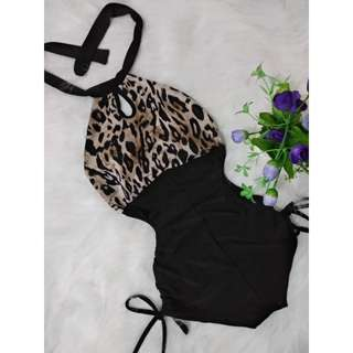 👙 Lily Halter swimsuit👙🐝🌺