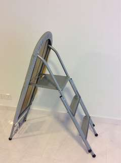 Foldable iron and ladder combination