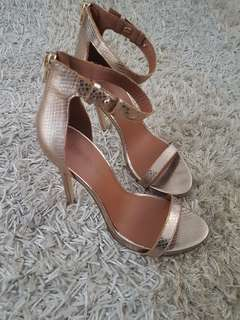 ATOMOS&HERE Gold Leather Heels Size 8