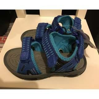 Boy Beachwear Sandals (Junior size: 10)
