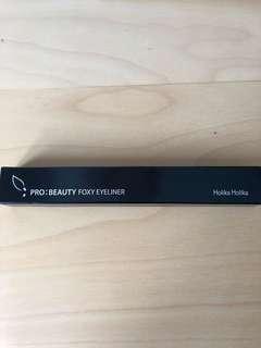 Holika Holika Pro: Beauty Foxy Eyeliner