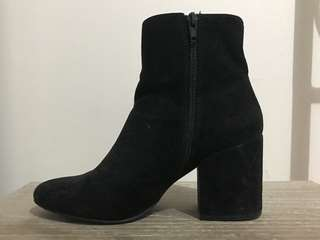 Black Faux Suede Block Heeled Zipped Boots (price includes shipping)