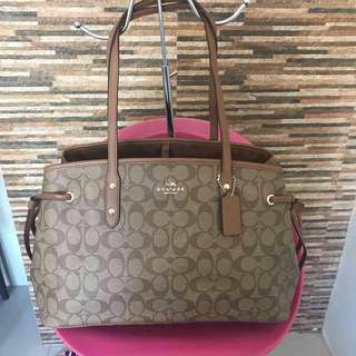 100% Authentic Coach Bag from USA! NEGOTIABLE!