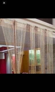 Curtain tussel