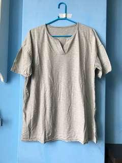全新 台灣製灰T恤(XL號內適穿)長䄂 短袖 毛衣 針織 短褲 外套 長裙 洋裝