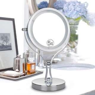 現貨金屬帶LED燈化妝鏡便携歐式美容鏡梳妝鏡節婚新年公主鏡放大鏡子雙面