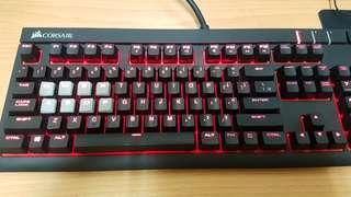 海盜船 Strafe 紅軸中文紅光