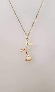 BNNW 5 Rose Necklaces!