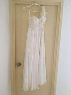 Off Shoulder White Gown (Grad Din, Prom, Wedding, 晚裝)
